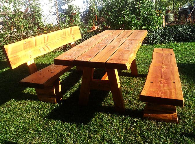 Holzmassivprodukte, rustikale Gartenmöbel   Deckert